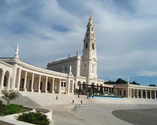 fatima-viagem-portugal-templario-clarion-tour-voyages