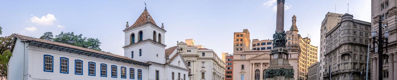 patio-do-colegio-historia-secreta-do-brasil-roteiros-sao-paulo-sp-clarion-voyages-turism--arte-cultura-espiritualidade