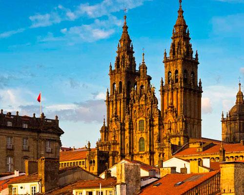 santiago-de-compostela-viagem-portugal-templario-clarion-tour-voyages